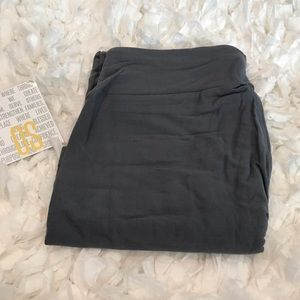 NWT LuLaRoe Solid Grey OS Leggings